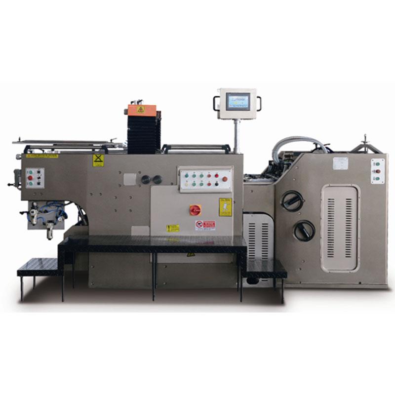劲豹JB-1020A全自动停回转式网版印刷机 JB-A系列全自动停回转式网版印刷机采用经典的停回转技术,具有纸张定位准、稳,印刷精度高,速度快,噪音低,自动化程度高等优点,适用于陶瓷及玻璃花纸、电子工业(薄膜开关、柔性线路、仪表面板、手机)、广告、包装印刷、标牌、纺织转移、特殊工艺等行业。   1、主结构:高速、高精度的停回转机构,自动停格式滚筒保证印件能准确无误地送到滚筒叼牙,达到极高的精确度; 2、主传动系统:双凸轮印刷胶刮控制,印刷滚筒采用曲柄、齿条、齿轮同步机构驱动,减少惯性,减少齿轮的磨损,使
